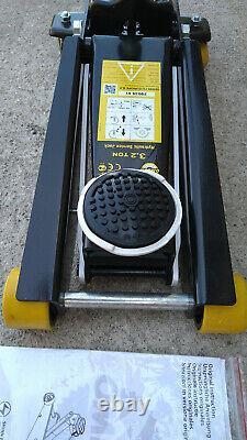 Omega 3.2 Ton Lift Equipment 2903501 Hydraulic Service Jack