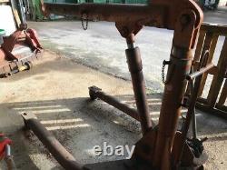 UK made 2 Ton Hydraulic Lift Crane Stand Hoist Jack Workshop Very heavy Duty